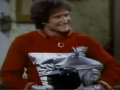 Robin Williams First Appearance As Mork From Ork