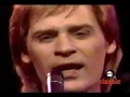 Hall and Oates sings You  lost that loving feeling