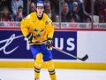 Swedish hockey player flings silver medal into crowd